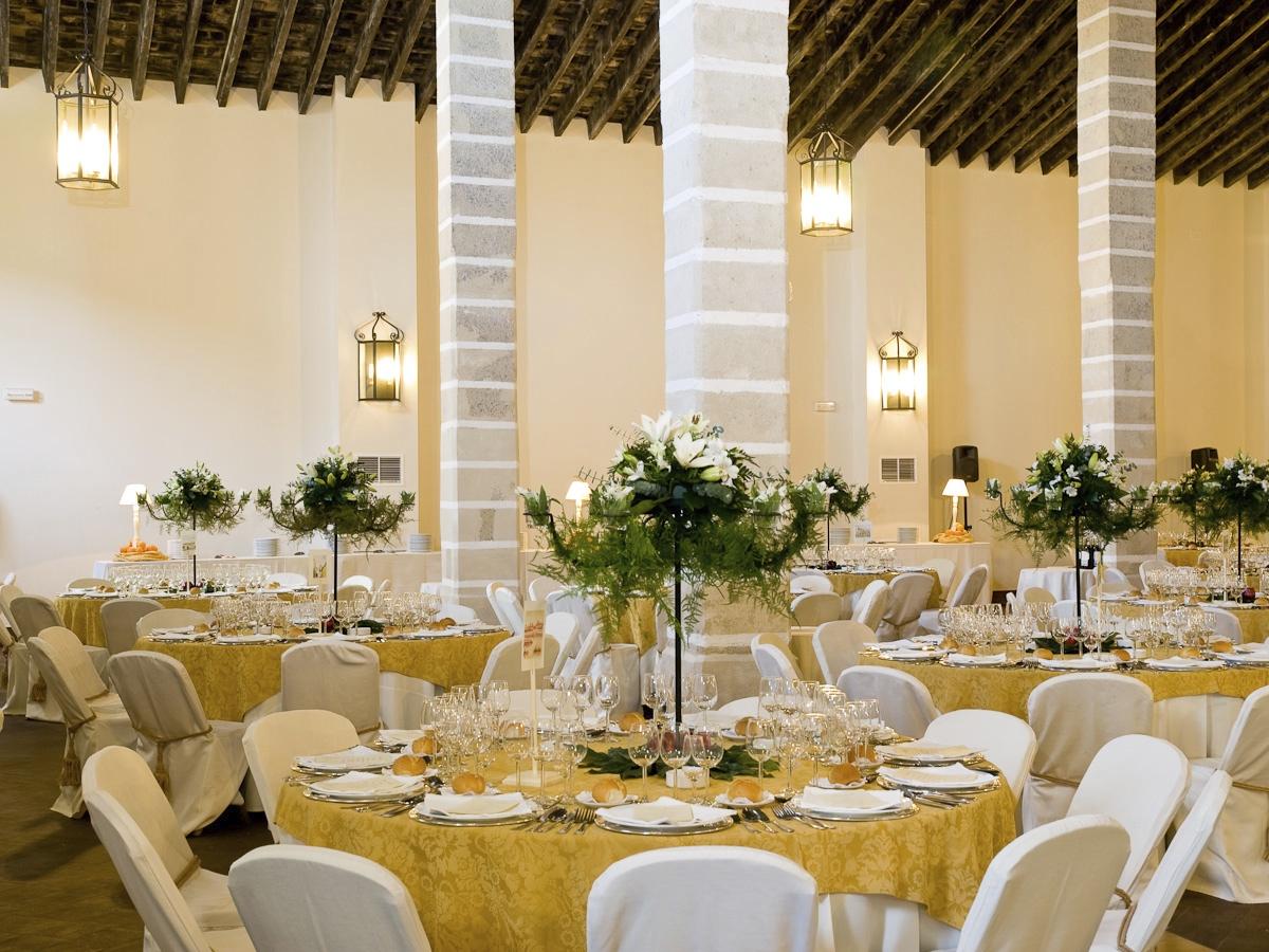 Reuniones y banquetes